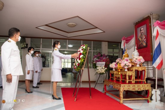 พิธีวางพวงมาลาถวายราชสดุดี และเทิดพระเกียรติ รัชกาลที่ 5 วันปิยมหาราช